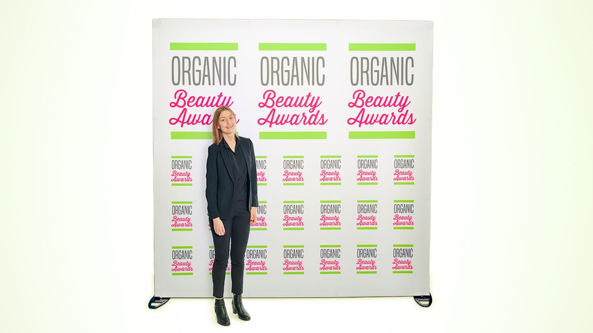 Egf-organic-beauty-awards-logowall-16-9